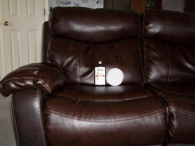 Best Leather Conditioner For Furniture