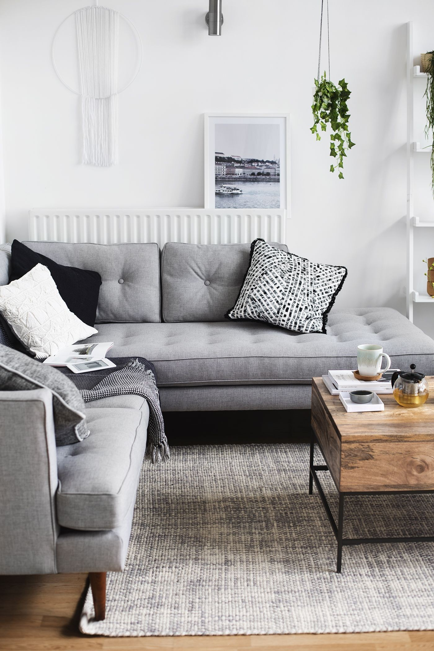 Grey Couches Decorating Ideas