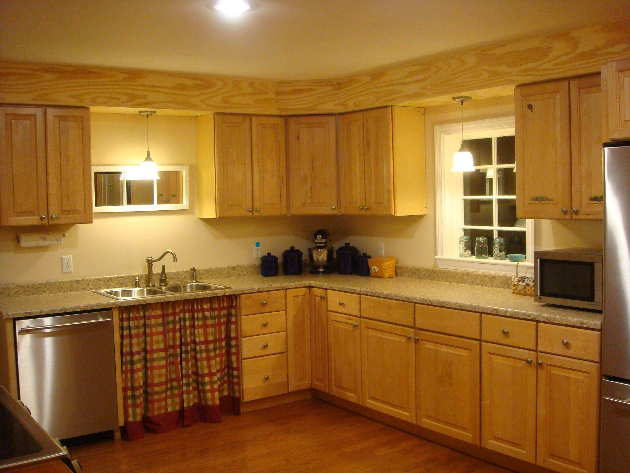 Kitchen Soffit Decorating Ideas